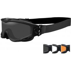 Очки-маска SPEAR с матовой черной оправой и дымчатыми/прозрачными/светло-рыжими линзами.