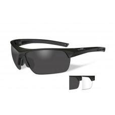 Очки GUARD ADV с матовой черной оправой и дымчатыми/прозрачными линзами.