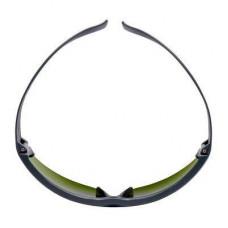 Очки Откр. защитн., цвет линз тёмно- зелёный с затемн. 3.0 IR, с покр. AS пр. царапин 3M™ SecureFit™